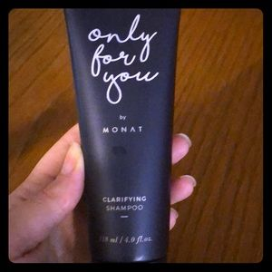Monat Clarifying Shampoo